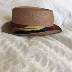 Saks Fifth Avenue Accessories - Vintage Saks 5th Ave hat 3f9da861033
